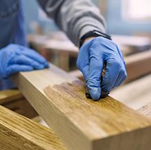 Hogyan tartsa karban a kültéri fafelületeket?